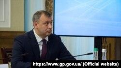 Роман Говда в органах прокуратури працює з серпня 2003 року