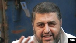 """""""Мусулман агаиндер"""" кыймылынын башкы каржылоочусу болгон Хайрат ал-Шатир президент Мубарактын тушунда 12 жыл түрмөдө олтурган."""