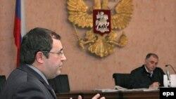 Аргументы Бориса Надеждина (слева) не были приняты Верховным судом