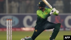 Pakistani batsman Shoaib Malik helped Pakistan rally past Afghanistan on September 21. (file photo)