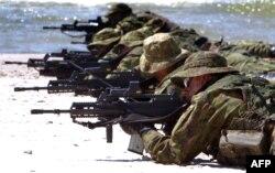 Литовские военные во время учений армий балтийских стран