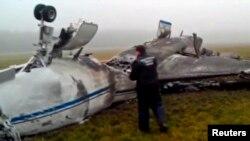 Обломки самолёта Falcon после катастрофы в аэропорту Внуково. Москва, 21 октября 2014 года.