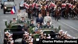Predsednik Francuske Emanuel Makron na vojnoj paradi povodom Dana pada bastilje u Parizu, 14. jul 2019.