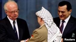Ицхак Рабин, Ясир Арафат и Хосни Мубарак