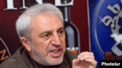 Armenia - Aram Manukian of the opposition Armenian National Congress at a news conference in Yerevan, 15Feb2012.
