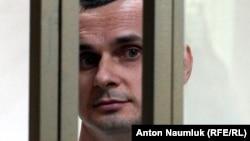 Правозахисний центр «Меморіал» вніс Олега Сенцова до списку політв'язнів