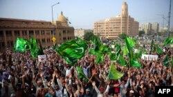 Протести проти антиісламського фільму тривають у Пакистані вже кілька днів. На фото черговий протест у місті Карачі 19 вересня 2012 року