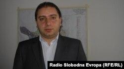 Бобан Николовски советник во општина Куманово од редовите на ВМРО-ДПМНЕ.
