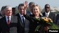 Հիլարի Քլինթոնի նախորդ այցը Հայաստան, Երեւան, 4-ը հուլիսի, 2010թ.