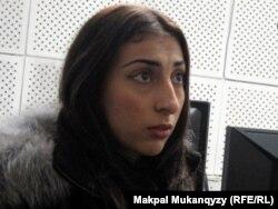 Гюнай Уразалина, жена осужденного Шалкара Уразалина. Алматы, 28 октября 2011 года.