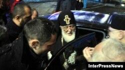 В прокуратуре ранее обещали, что после приезда Илии Второго обнародуют доказательства вины задержанного священника