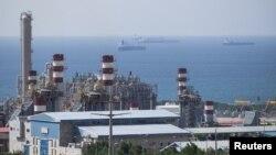 Часть газового месторождения Южный Парс в Иране, иллюстрационное фото