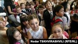 В этом году для всех грузинских школьников новый учебный год начался 15 сентября
