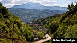 Pogled na Šar-planine i Kačanik, maj 2016.