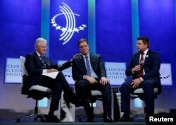 Aleksandar Vučić i Bil Klinton zajedno su govorili na tribini Klinton Fondacije