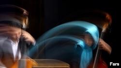 به گفته کامبيز روشن روان دبير اين دوره از جشنواره موسيقی فجر، در جشنواره امسال، برخلاف سال های گذشته، اصل بر کيفيت آثار ارائه شده بوده است و به همين دليل گلچينی از بهترين گروه ها انتخاب شدند.