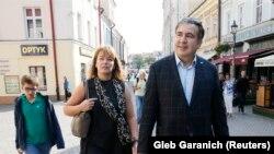 Cаакашвили вместе с супругой и сыном в Польше