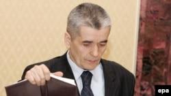 Геннадий Онищенко нашел виновных в том, что случилось в Мурманской области.