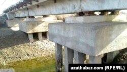 Köneürgenjiň abatlanmaýan köprüleri