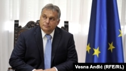 Mađarski premijer je otvoreno dao podršku Vučiću u predizbornoj utakmici