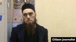 Ильяс Никитин в отделении полиции в Петербурге, 3 апреля