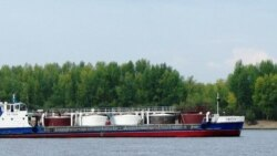Сызрань — нефть течет в Волгу