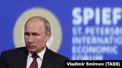 Путин на Международном экономическом форуме в Санкт-петербурге. 25 мая, 2018