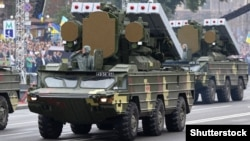 «OSA» zenit-raket kompleksi Kiyevdə hərbi paradda.