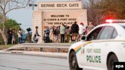 پایگاه فورت هود، که در سال ۲۰۰۹ محل یکی از مرگبارترین تیراندازیها در یک پایگاه نظامی آمریکا بود.