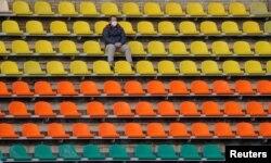Fudbalski stadion u Bjelorusiji: Ova država je uprkos upozorenjima o širenju pandemije, nastavila sa održavanjem sportskih takmičenja