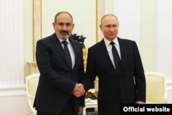 یکی از دیدارهای نیکئل پاشینیان با ولادیمیر پوتین، رئیسجمهور روسیه