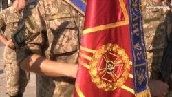 Запорізькі військові відзначили отримання бойових прапорів парадом