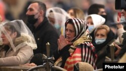 Armenia -- Worshippers attend a Christmas Mass at Saint Gregory the Illuminator's Cathedral in Yerevan, January 6, 2021.