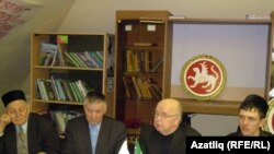 Сулдан уңга: Илдус Садыйк, Галишан Нуриәхмәт, Фәндәс Сафиуллин, Наил Нәбиуллин