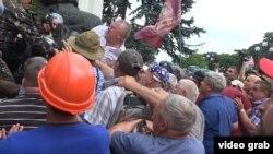 Шахтёры и ветераны возле Верховной Рады, 19 июня 2018 года