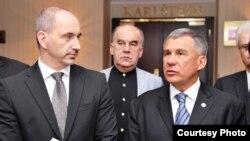 Претседателот на руската република Татарстан Рустам Миниканов и чешкиот министер за индустрија и трговија Мартин Куба
