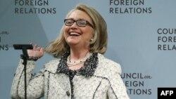 Хиллари Клинтон выступила с первой за полгода публичной речью