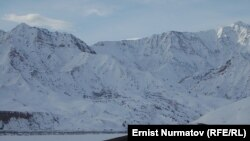 Спорное пастбище Унжу-Булак в Чон-Алайском районе на границе с Таджикистаном.