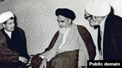 Akbar Hashemi Rafsanjani (L), Supreme Leader Rouhollah Khomeini (C) and Hossein Ali Montazeri,