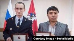 Сотрудник полиции Артем Королюк и кыргызстанец Марат Исаев.