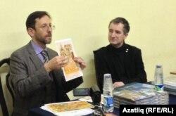 Тарихчы Дамир Хәйретдинов (с) Русия дворяннары вәкиле белән
