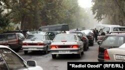 Яке аз кӯчаҳои пойтахти Тоҷикистон