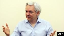 جولین آسانژ، بنیانگذار و مدیر وبسایت ویکیلیکس