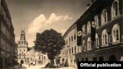 Һитлер йорты урнашкан Зальцбургер Форштадт урамы 1930 елларда Һитлер урамы дип йөртелгән