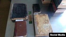 Рэдкія кнігі знойдзеныя ў кантэйнэрах для макулятуры ў Менску.