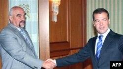 Transdniester's Igor Smirnov meets Russia's Dmitry Medvedev in Sochi