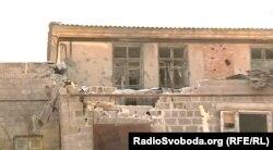 Пошкоджена будівля Макіївської лікарні № 5