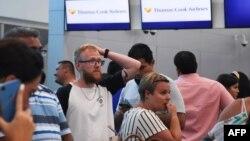 """Кризата с клиентите на """"Томас Кук"""" започна преди седмица"""