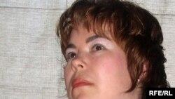 Larisa Usmanova Törkiä, Amerika tatarları da kitap yazarğa yärdäm itte, di.