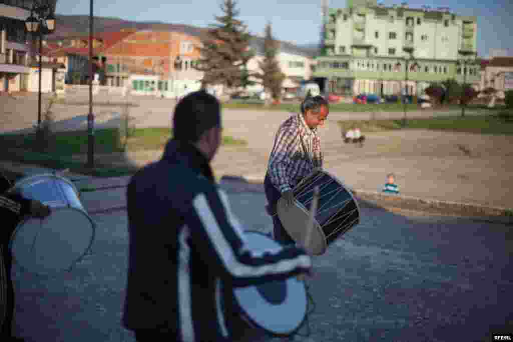 The Drummers Of Macedonia's Semka Band #10